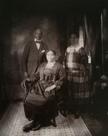 Ritratto di famiglia, J. Van Der Zee