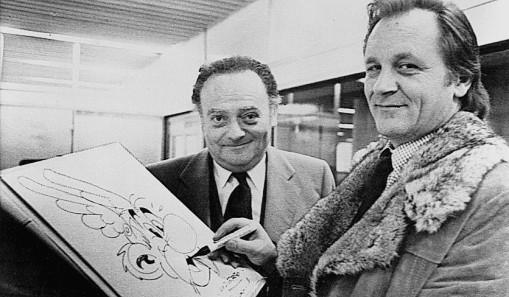 Albert Uderzo mit seinem Partner Rene Goscinny (l) und ihrer Comic-Figur Asterix