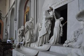 corteo monumento